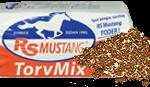 RS Mustang Torvmix är en blandning med torv och kutterspån för att få en ljusare och luftigare bädd för hästen